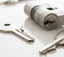 Commercial Locksmith Services in Dedham, MA
